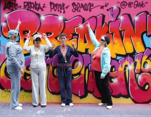 graffiti pointing